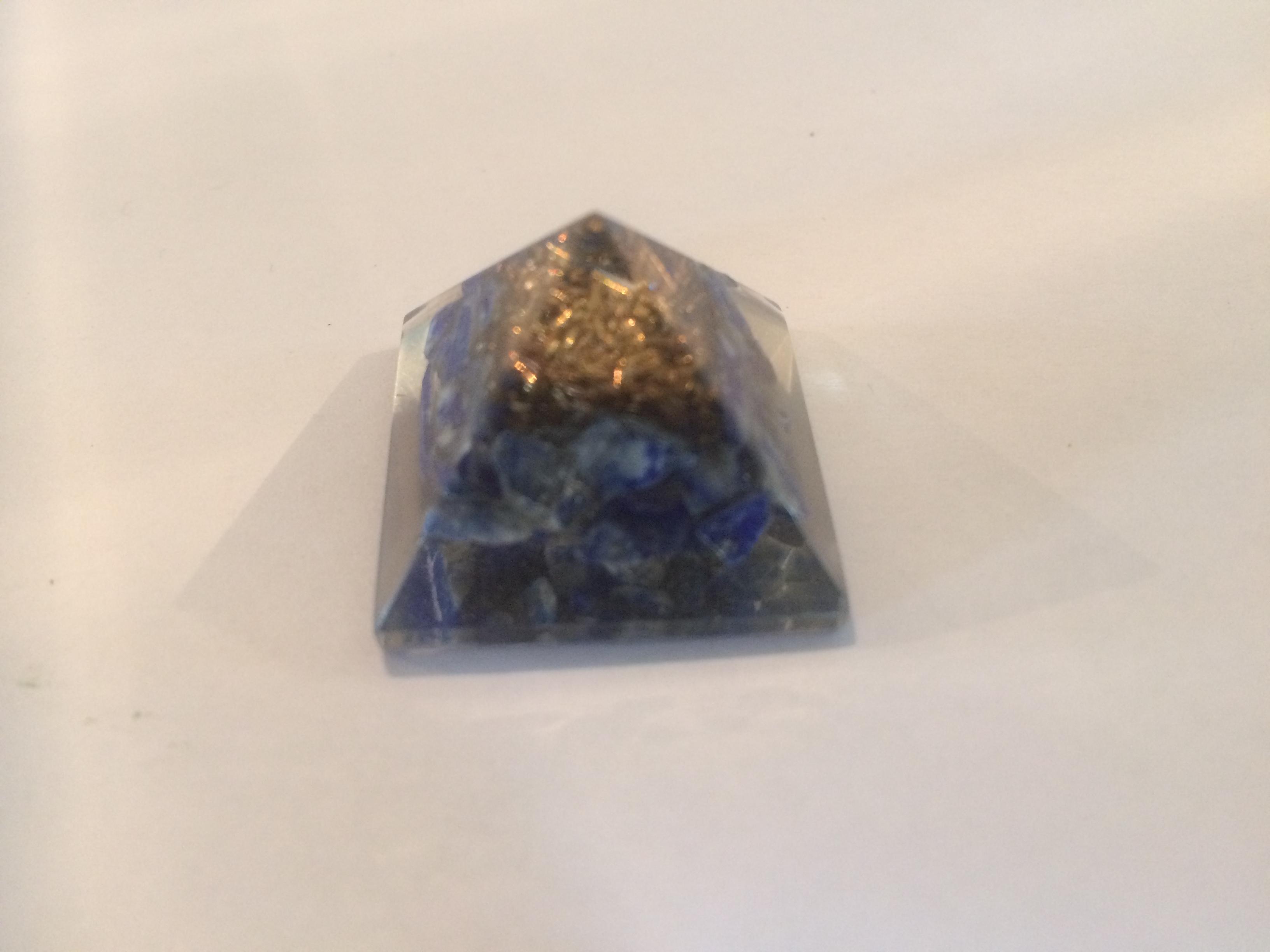 Orgone_pir_Lapis_lazuli